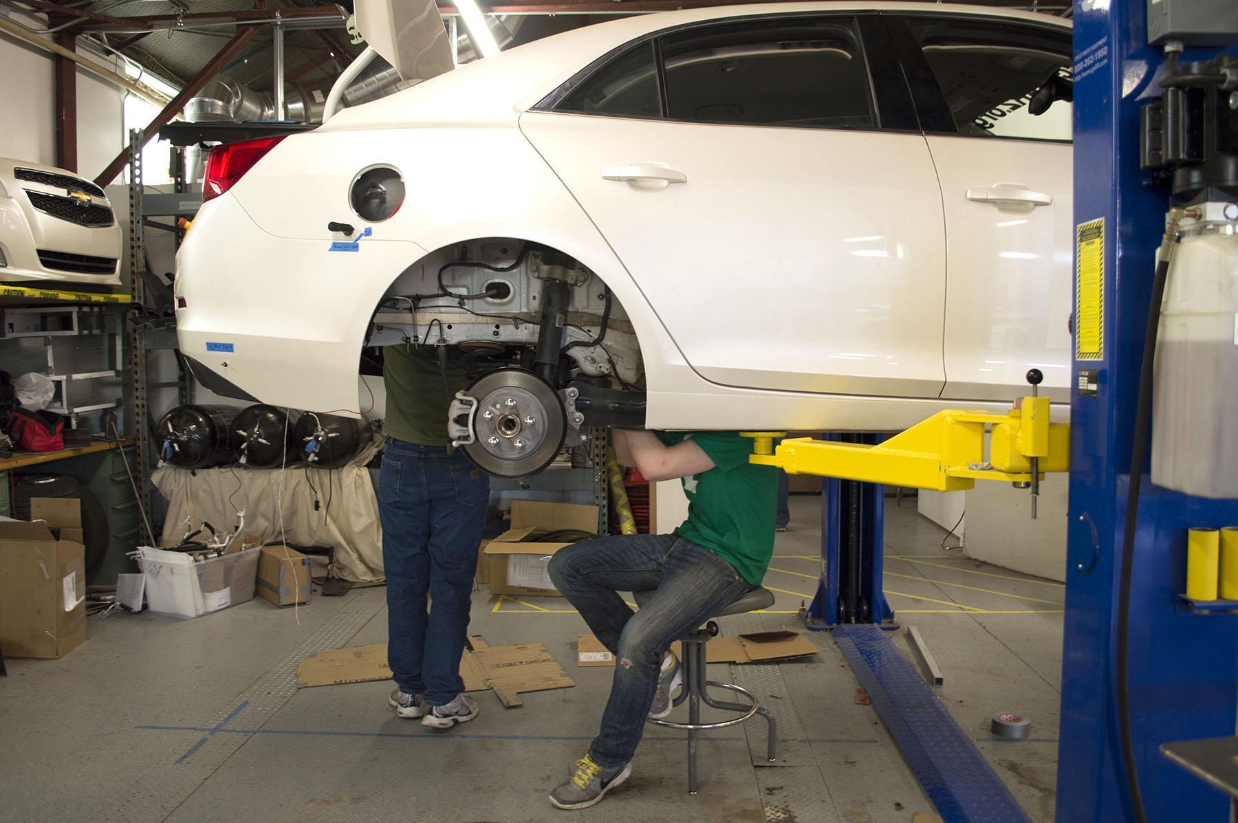 Ecocar2 Ram Racing Help Launch Electric Vehicle Community