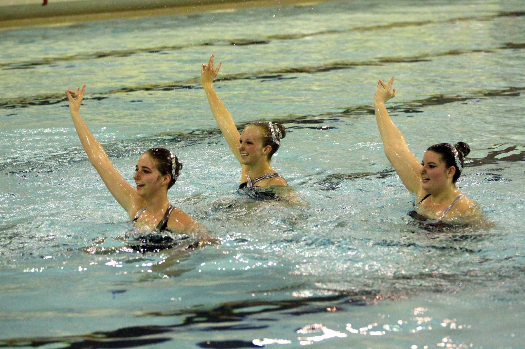 CSU Synchronized swimming team