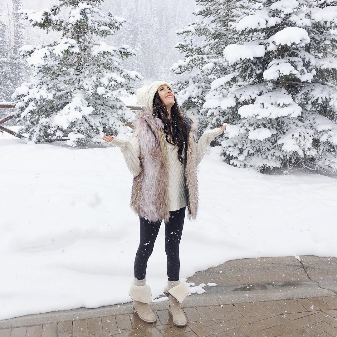 Tips For Staying Warm This Winter Without Sacrificing